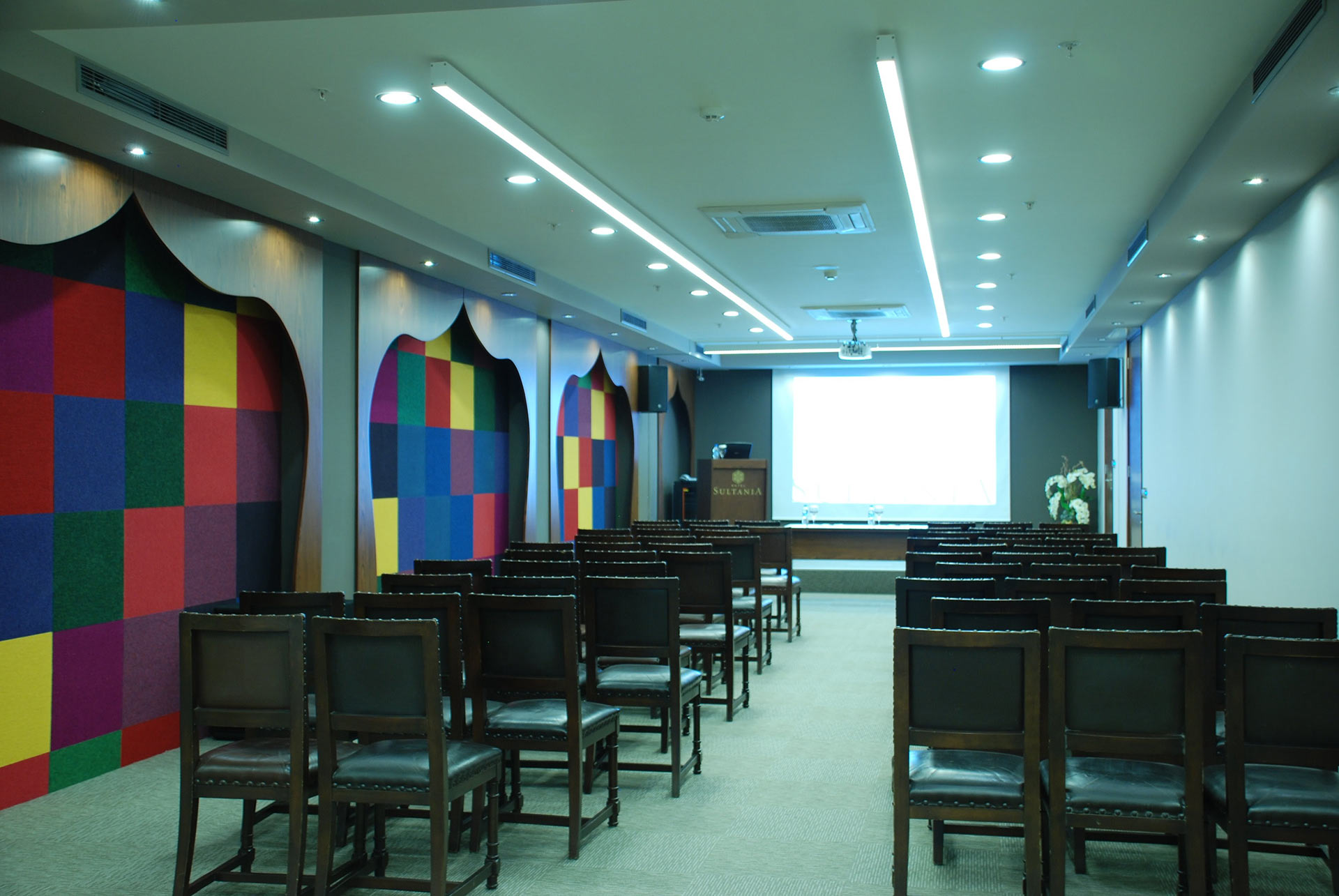 HOTEL YASMAK SULTAN ISTANBUL - Topkapi meeting room with class plan