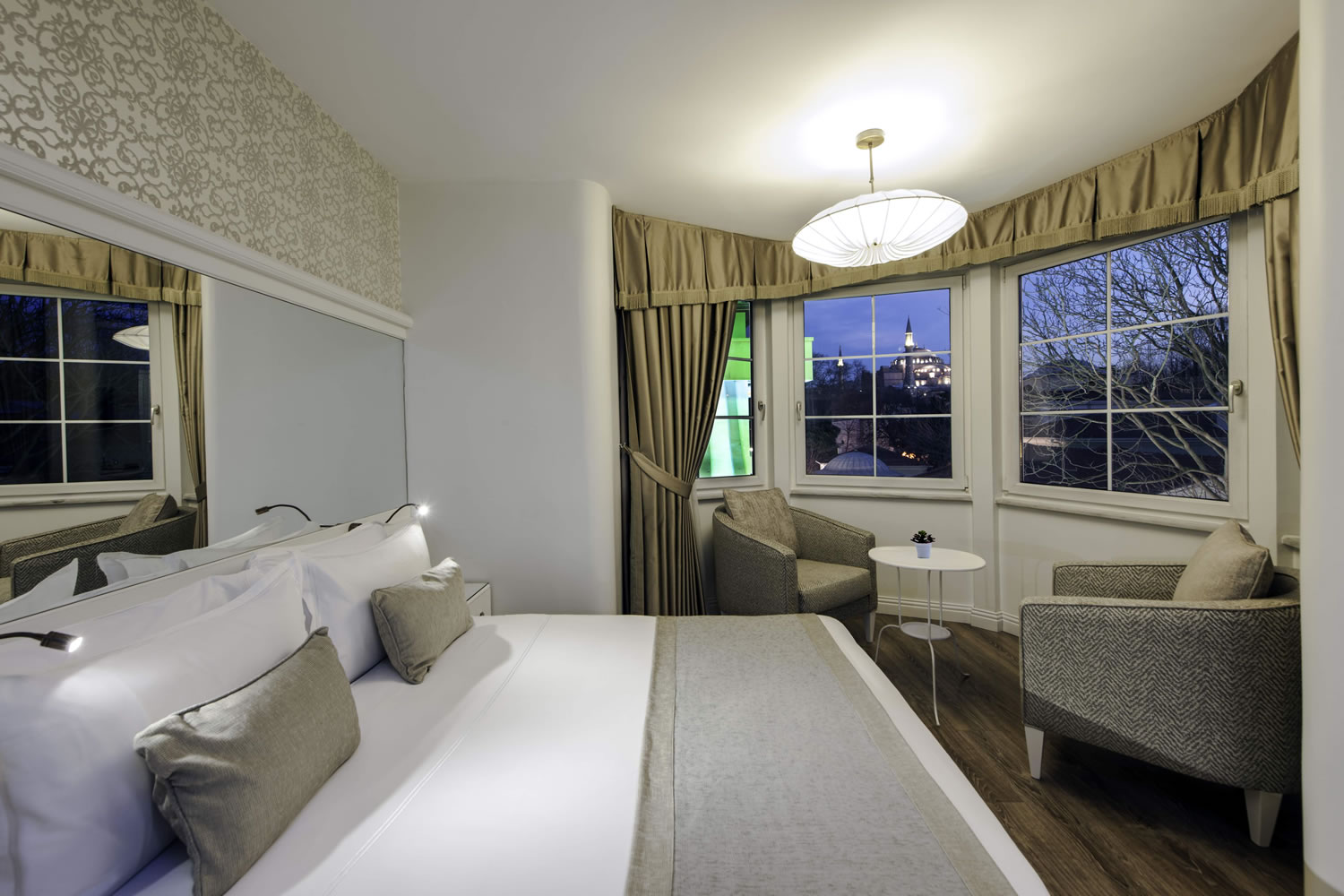 Deluxe double room with Hagia Sophia View